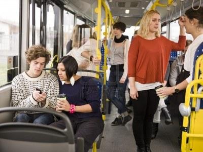 Pályázat középiskolások útiköltség-térítésére